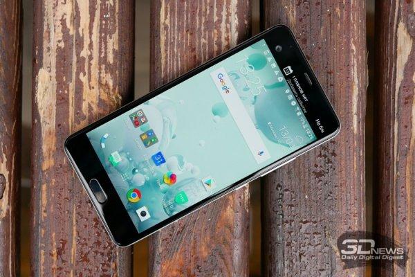 HTC планирует выпуск нового смартфона с двойной камерой - «Новости сети»