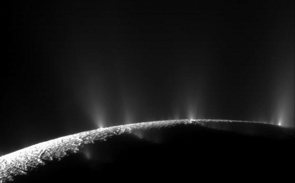 Природа гидротермальной активности на Энцеладе нашла объяснение - «Новости сети»