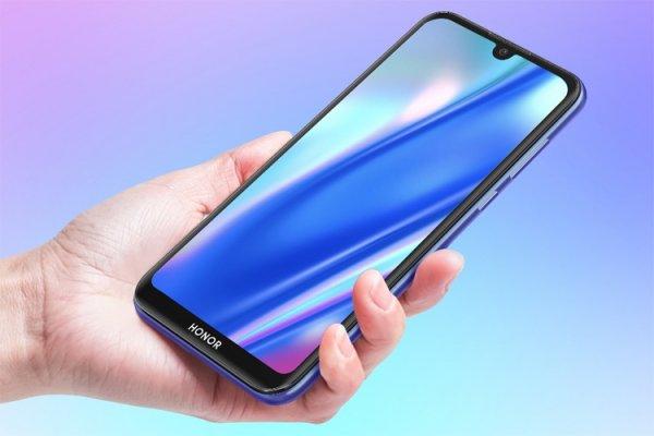 В России представлен смартфон Honor 8S за 8490 рублей - «Новости сети»